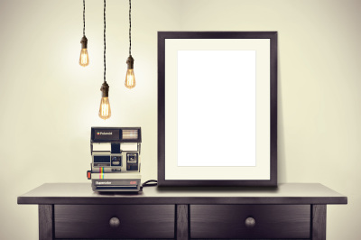 Frame,flower,light fixture, MockUp