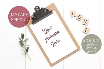 Card mockup - clipboard LOVE