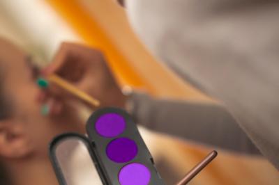 set of eyeshadows in the ultraviolet range