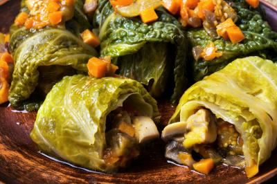 Vegetable cabbage rolls