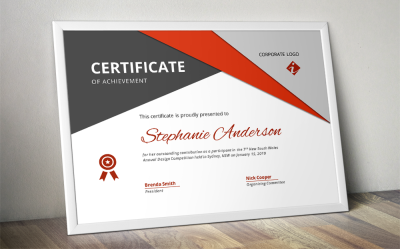 Big triangle corporate certificate template for MS Word
