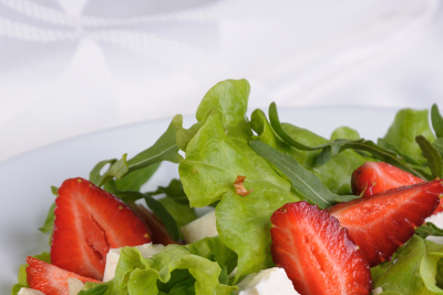 Salad with strawberries