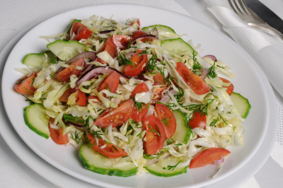 Easy cabbage salad, cucumber and tomato