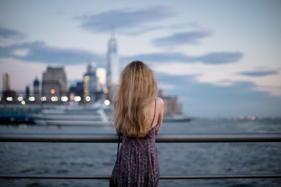 Women enjoys Manhattan view