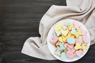 Plate with Easter cookies