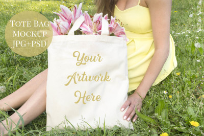 Tote Bag Mockup - Spring/Summer