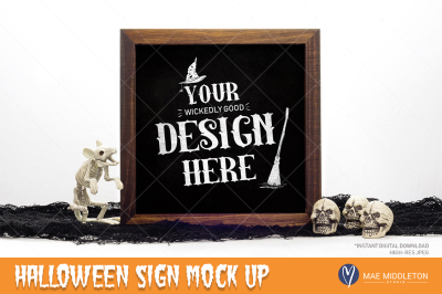 Halloween Mockup - wooden sign / chalkboard