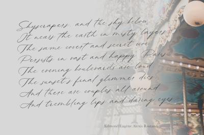 Queenly. Handwritten Font
