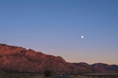 Moon & Mountain