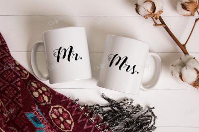 Pair of Mugs Mockup. PSD Smart & JPG