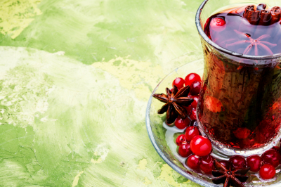 Hot tea with cranberry