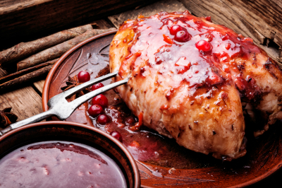 chicken breasts with cranberry sauce