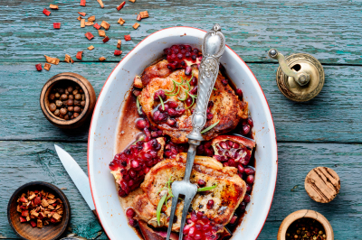 Meat chop in pomegranate sauce