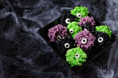 Monsters eye balls. Rice kris pies bites