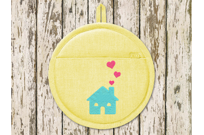 Mini House with Hearts | Embroidery