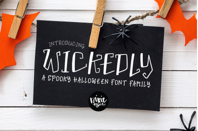 WICKEDLY a Decorative Halloween Font