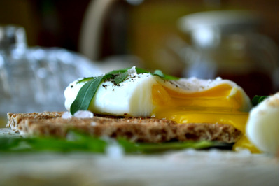 Poached egg on a whole grain bread