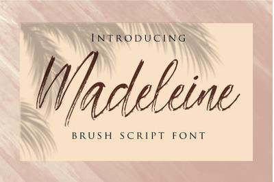 Madeleine  - Brush Font