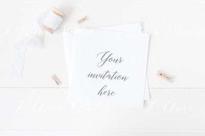 Square invitation mockup - psd/png