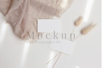 Card Mockup,Business Card Mockup,3.5x2
