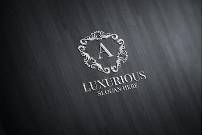 Luxurious Royal Logo 33