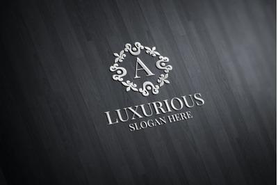 Luxurious Royal Logo 34