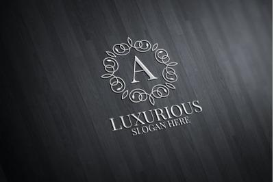 Luxurious Royal Logo 40