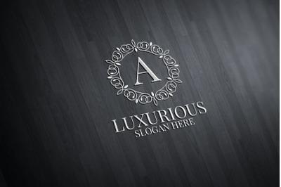 Luxurious Royal Logo 41