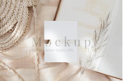 Smart Object Mockup,3.5x2 Card Mockup
