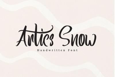 Artics Snow - Handwritten Font