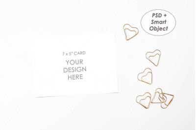 "7"" x 5"" Card Mockup"