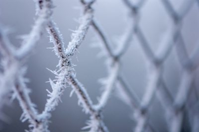 Chain link fence (ice)