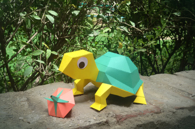 DIY Tortoise with Berry (Printable)