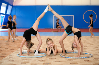 Gymnastic composition made by three girls