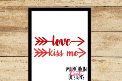 Love and Kiss Me Cutting Design