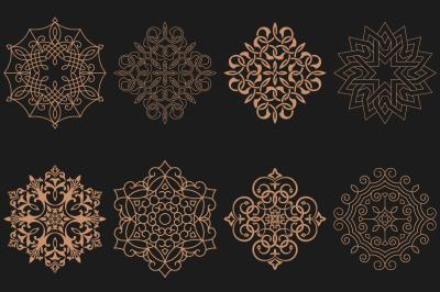 Set of circular Arabic patterns