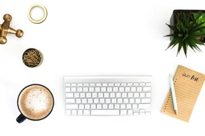 Latte + Keyboard Styled Desktop Scene
