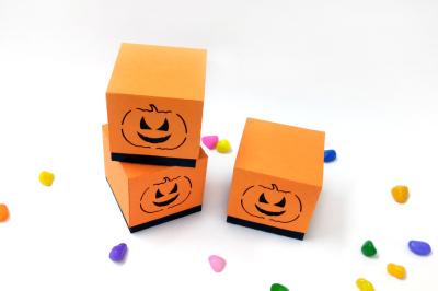 DIY Halloween favor - 3d papercraft