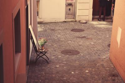 A Romantic Vintage Laneway In Zurich