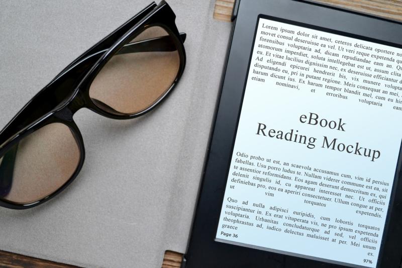 Free 3 eBook Reading Mockups (PSD Mockups)