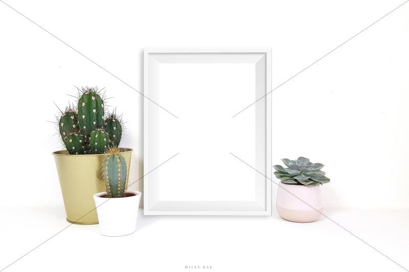 white-frame-mockup-jpg-amp-psd