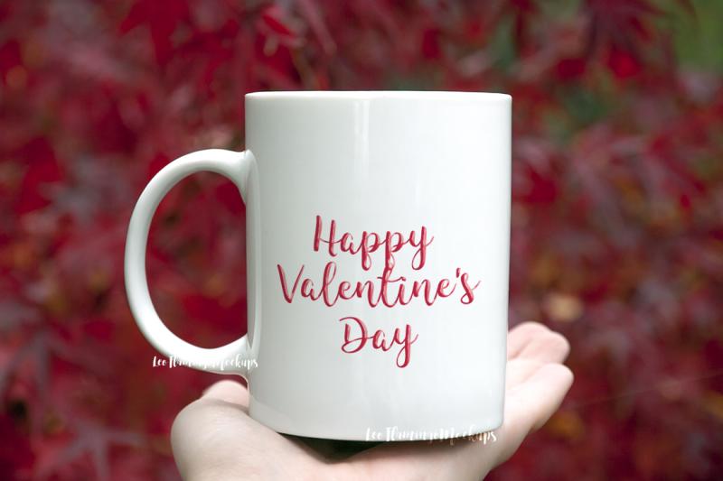 Free White coffee mug mockup Japanese maple tree background nature red natu (PSD Mockups)