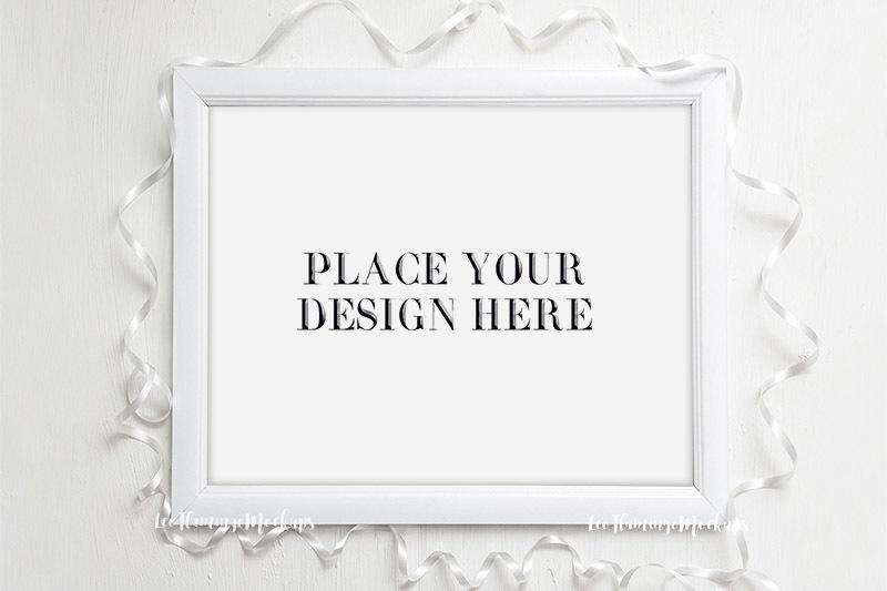 Free White horizontal wedding minimal frame 8x10 (PSD Mockups)