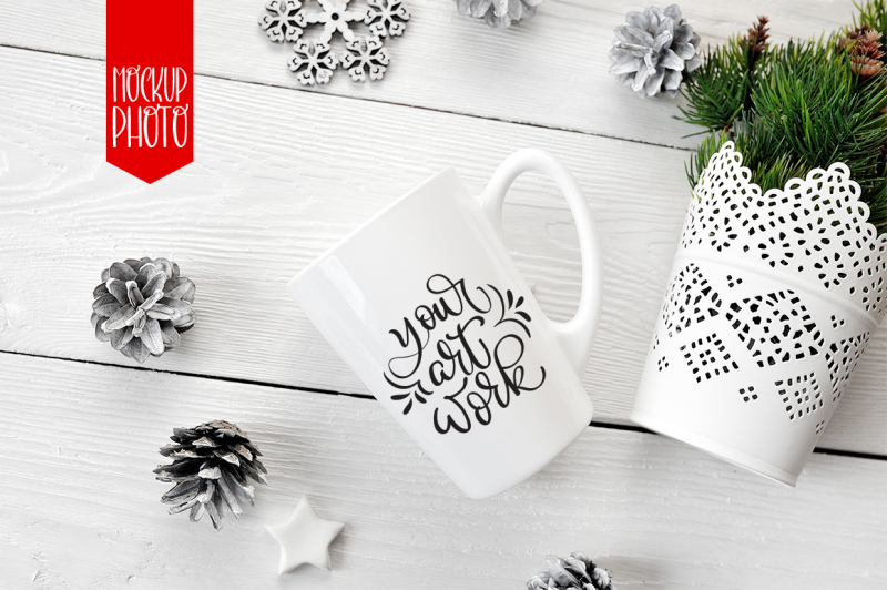 Free Mug mock up with smart for lettering, calligraphy and quotes illustration (PSD Mockups)