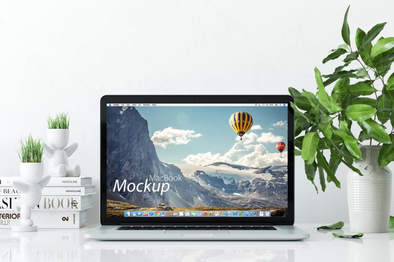 Free Mockup MacBook on the desk (PSD Mockups)