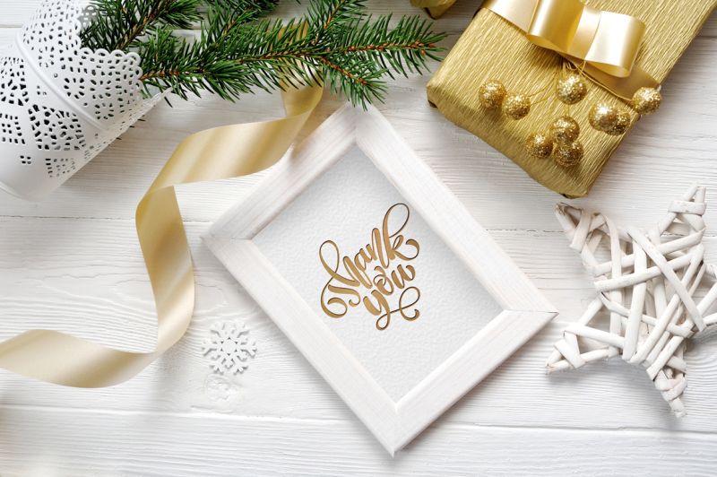 christmas-wooden-frame-with-smart-object