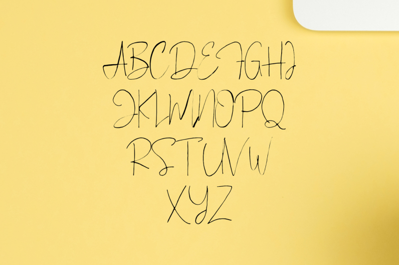 bellinor-a-hand-drawn-signature-font