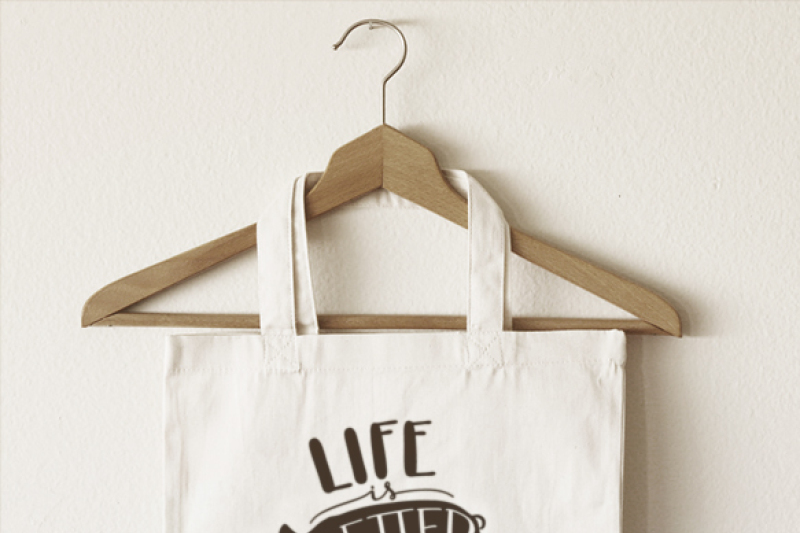 life-is-better-on-the-farm-pig-hand-drawn-lettered-cut-file