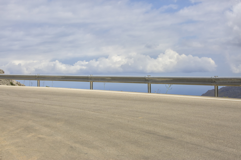 empty-highway-curve