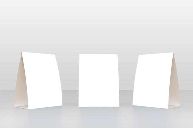 table-tent-menu-mockup